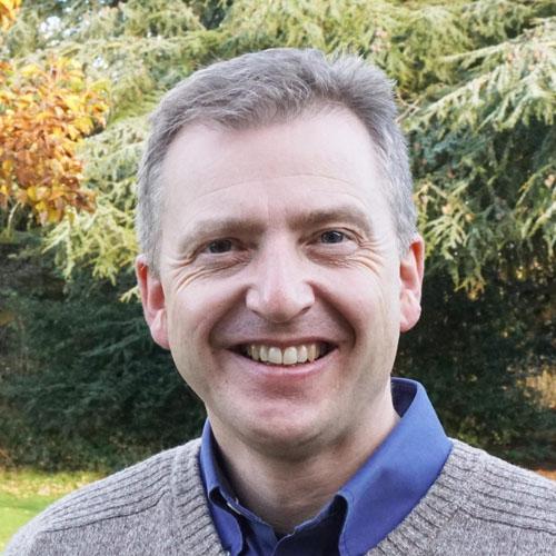 Dr Alistair McKitterick